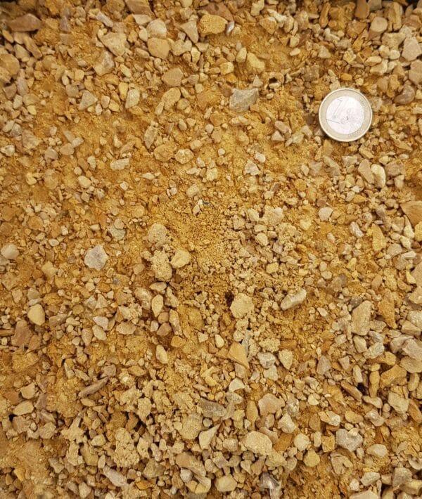 sable pétanque jaune