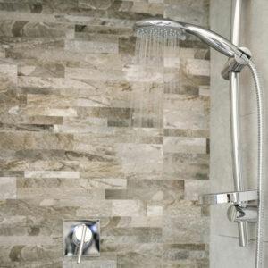 Receveurs de douche en pierre