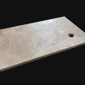Receveur de douche à l'italienne en pierre